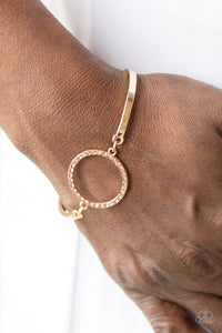 Center Of Couture - Gold - Bracelet