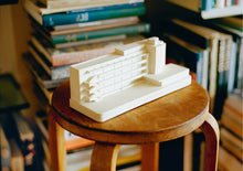 Load image into Gallery viewer, Architectural Model Isokon Building