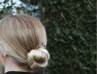 Hairstyles Using Women's Hair Pins
