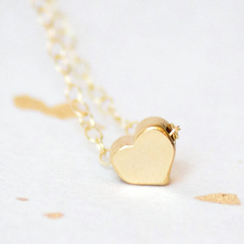 Solid gold heart necklace pendant adorn512 solid gold heart necklace aloadofball Images