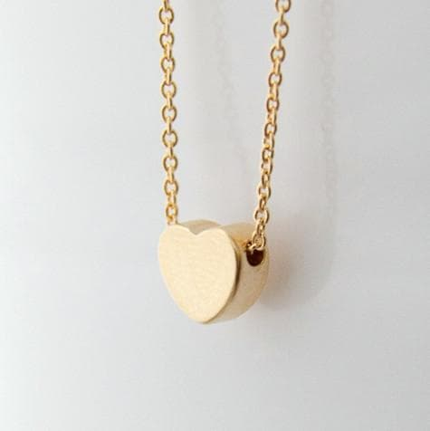 Off White Rose Necklace