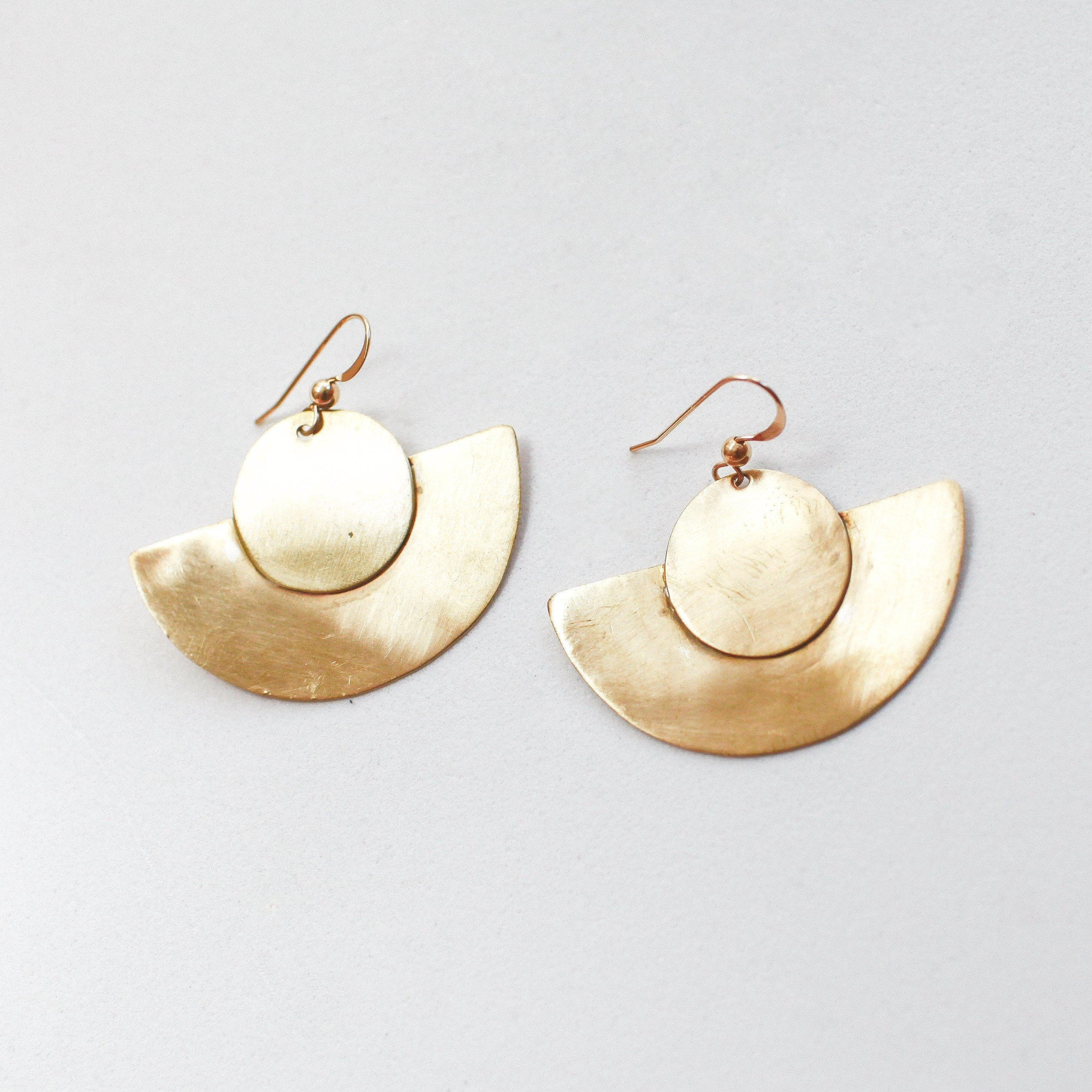 *FLASH* Crescent Circle Earrings