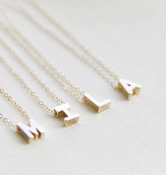 Uma Necklace - solid gold