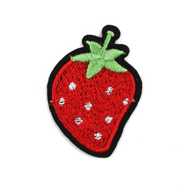 6136535 Applique Strawberry 3.4cm x 4.8cm