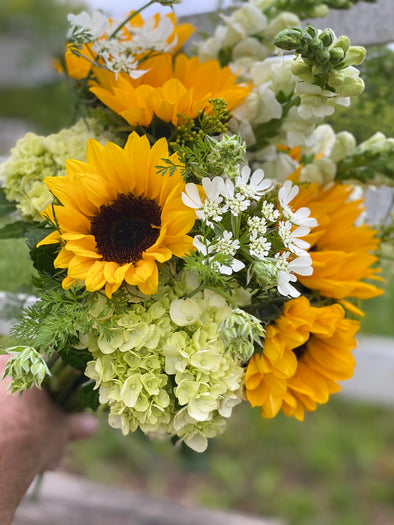 Happy Momma Sunflower Bouquet