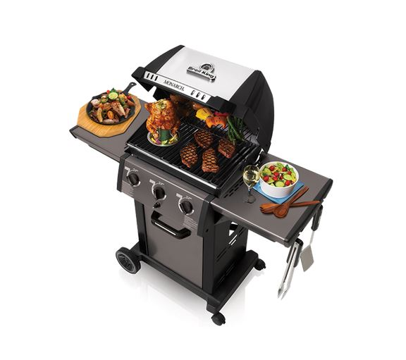 Broil King Monarch 320 birds eye view with lid open