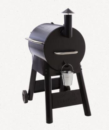 Traeger Pro Series 22 Black end view
