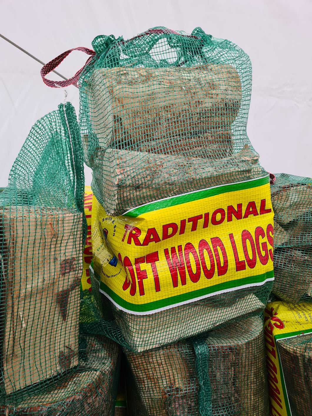 Traditional Soft-Wood Logs 10KG