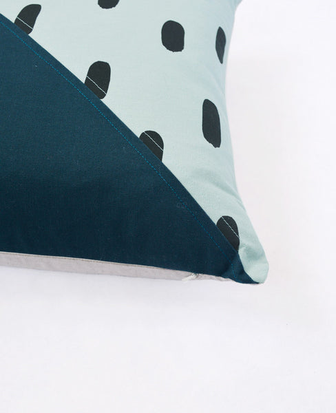 Diagonal pattern pillow from Cotton & Flax - corner detail