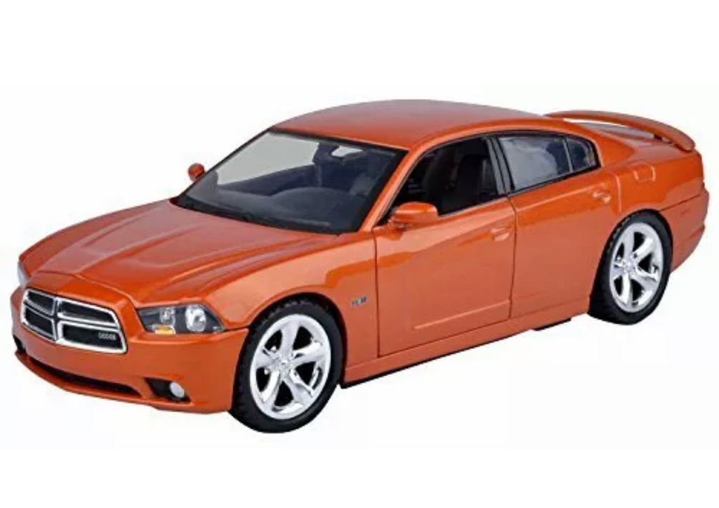 2011 Dodge Charger R/T 1:24TH