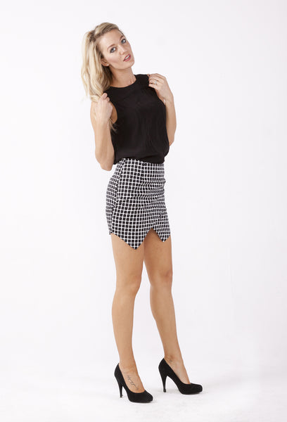 Checkered Point Skirt - THE OUT LANE