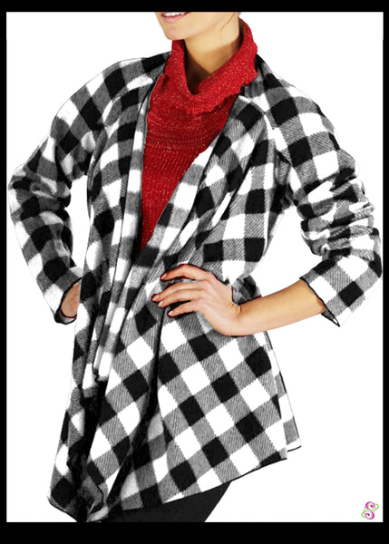 LeeLoo Multi-Sweater: Fleece, Buffalo Plaid, Black