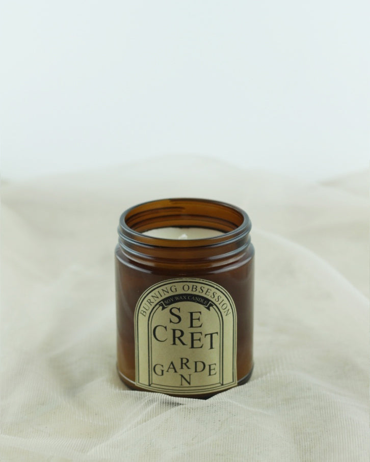 Secret Garden-Aromatherapy-Candle-Essential-Oil-Soy-Candle