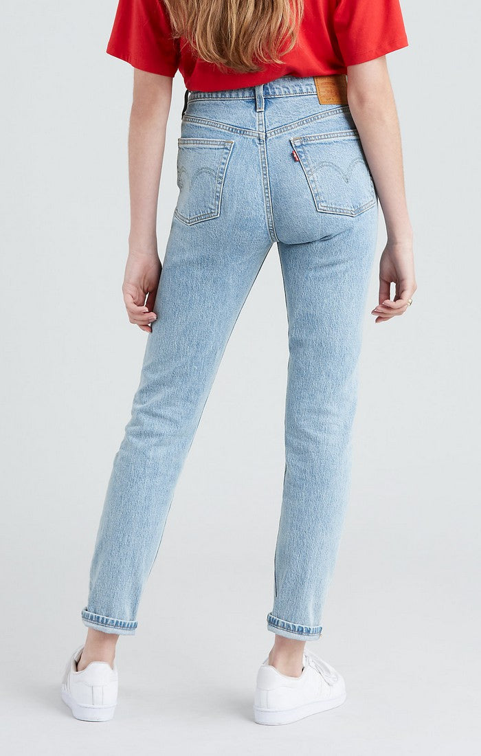 Photo of the back of the Tango Light skinny jeans in light wash by Levi's.