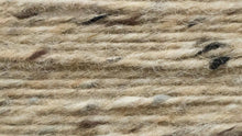 Indlæs billede til gallerivisning Buncrana Donegal Aran Tweed (a very light brown/cream natural tweed)
