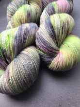 Load image into Gallery viewer, Sassy (Corriedale High Twist Sock)