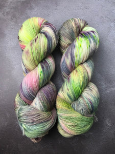 Sassy (Corriedale High Twist Sock)