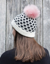 Load image into Gallery viewer, Chalet Hat Kit - Knit