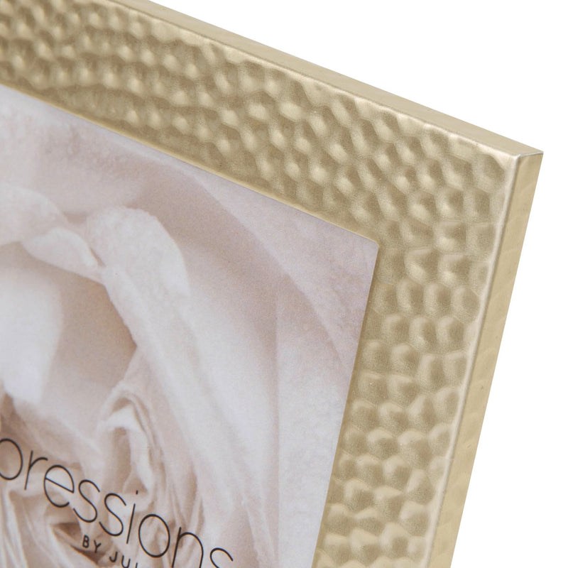 "4"" x 6"" - IMPRESSIONS® Hammered Matt Gold Photo Frame"