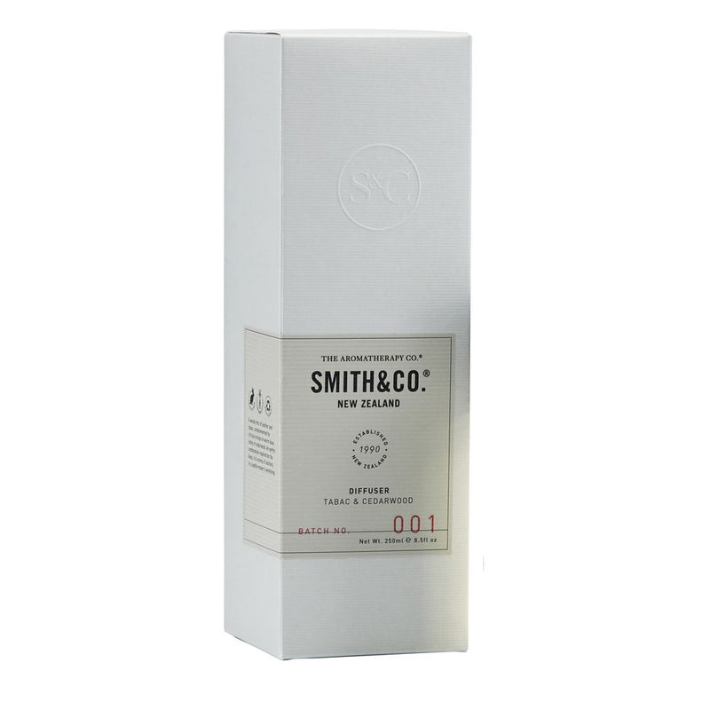 Smith & Co. 250ml Reed Diffuser - Tabac & Cedarwood