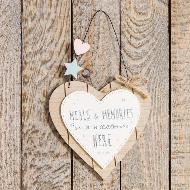 Love Life Heart Plaque - Meals & Memories