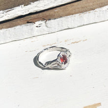 Load image into Gallery viewer, Garnet magic ring- READY TO SHIP