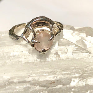 Rose quartz moon ring