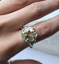 Load image into Gallery viewer, Citrine Queen ring- READY TO SHIP