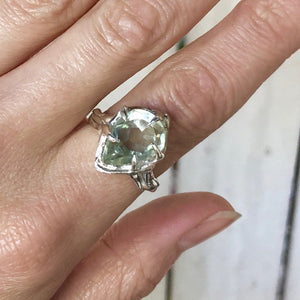 Green amethyst teardrop ring