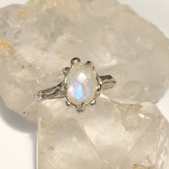 SALE! Moonstone flower ring- READY TO SHIP