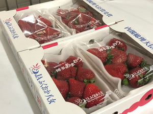 AMAOU Japanese DELUXE Strawberry Large 270g/PK Japan (Pre-order)