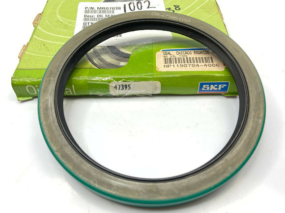 SKF 47395 (Chicago Rawhide) Oil Seal / Little rust