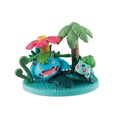Pokemon figure Venusaur Solar Beam