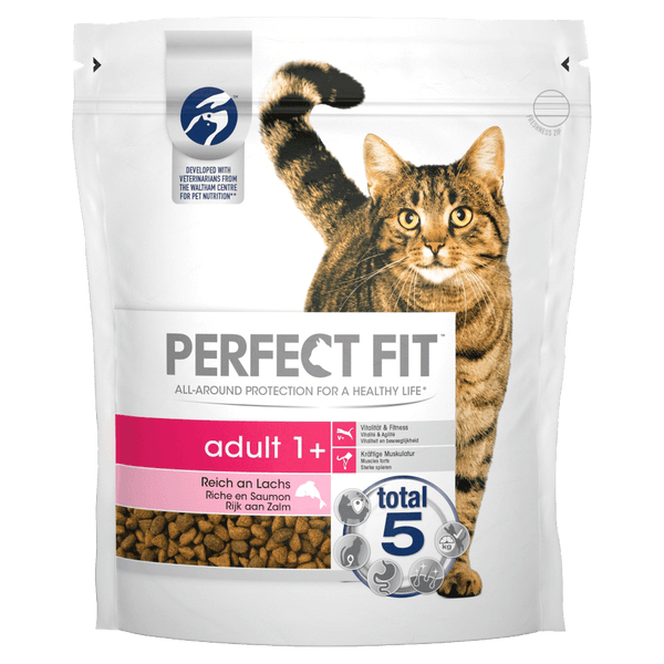 PERFECT FIT Adult 1+ pour chats - saumon (2,8kg)