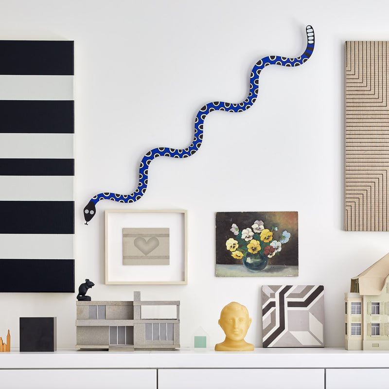 Vitra Accessoires Metal Wall Relief Magic Snake
