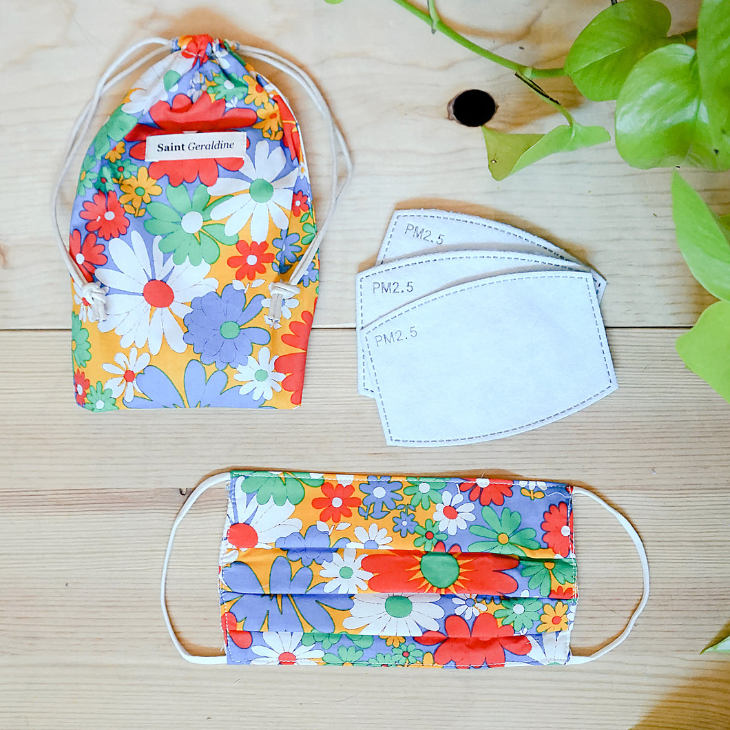 Mask, 10 Filters, & Pouch in Delite Floral