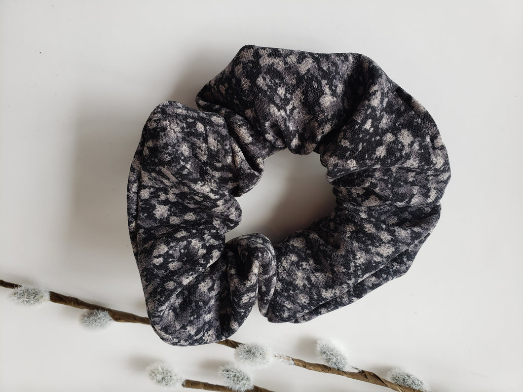 Scrunchie - Dark Speckled Grey