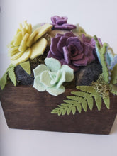 Load image into Gallery viewer, Felted Succulents