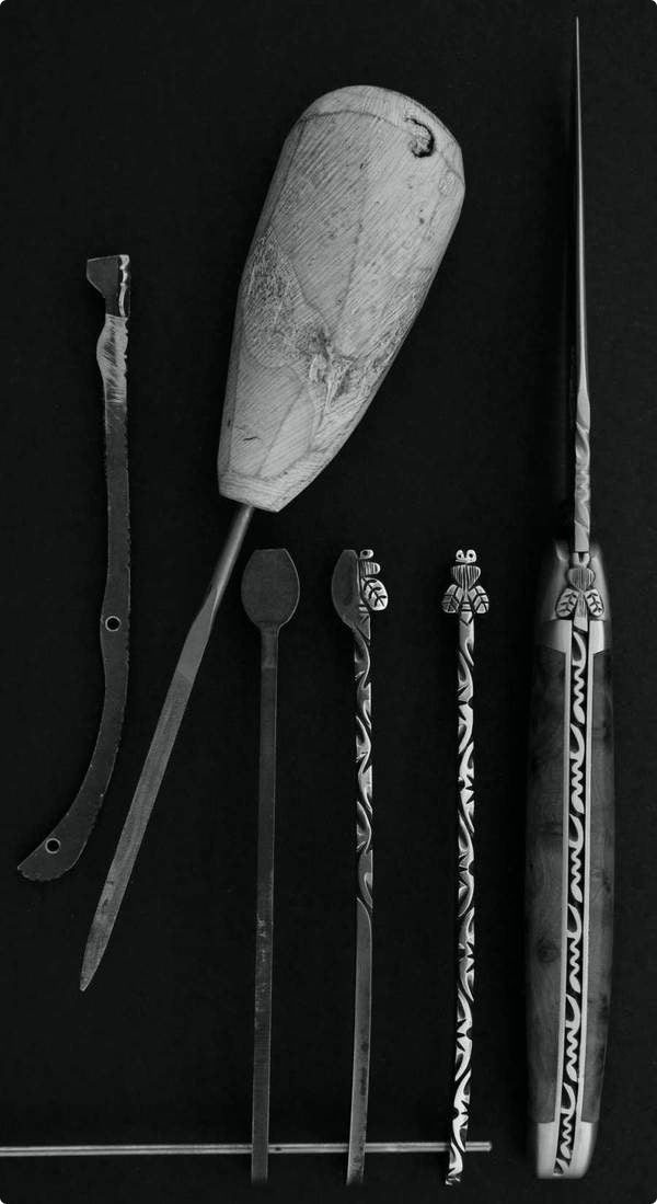 laguiole collector knife construction steps and a file to create the decorated spring