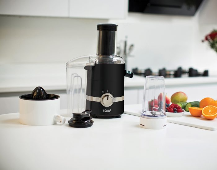 Russell Hobbs   3-in-1 juice and Blend