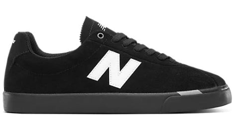 NEW BALANCE NUMERIC 22 BLACK/WHITE