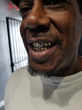 Load image into Gallery viewer, 12 Pack Grillz- 6 on 6