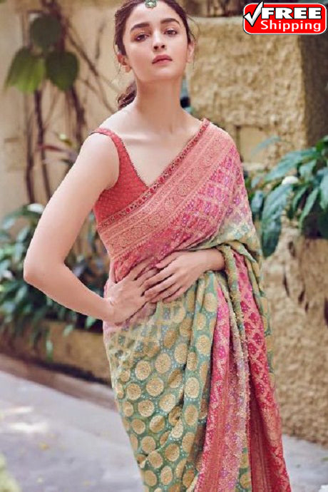 Alluring  C Green Colored Red Patta Designer Soft Silk Sarees,Sari