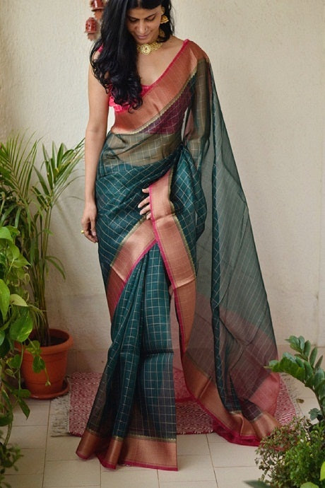 Light Jambli and Golden Color Hand Loom Linen Designer Hand Weaving Saree
