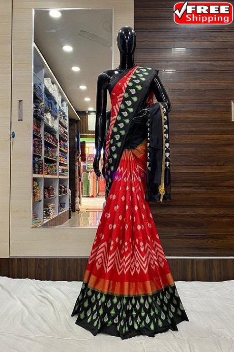 Imposing Red and Green Color Kachipuram Soft Silk Designer Sarees SC1256