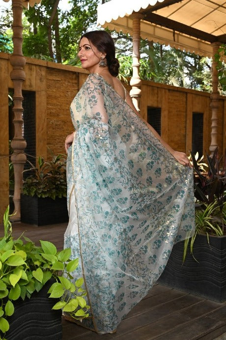 Charismatic White Color Linen Organza Designer Digital Print Saree