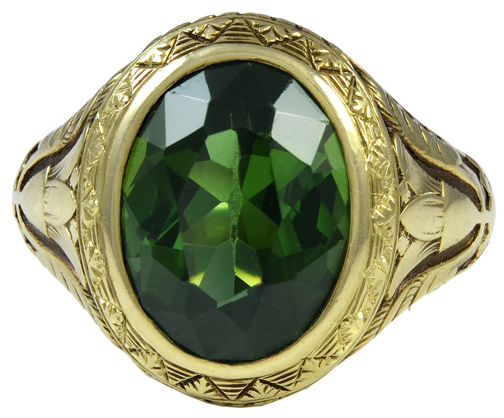 A Green Tourmaline and Gold Ring