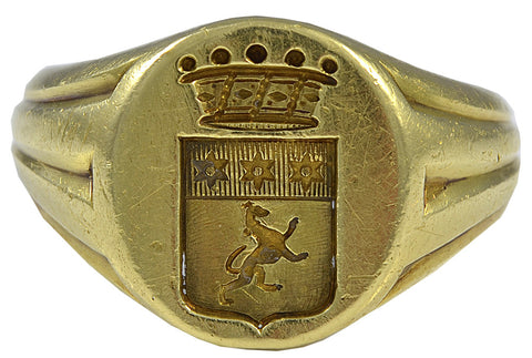 A French 19th century Crested Gold Signet Ring