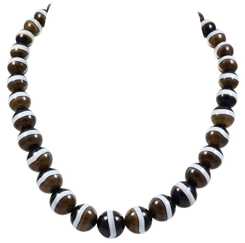 A Victorian Banded Agate Necklace
