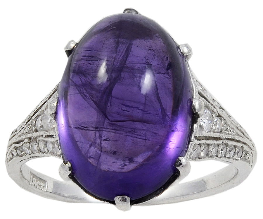 An Art Deco Cabochon Amethyst & Diamond Ring in 18 kt White Gold